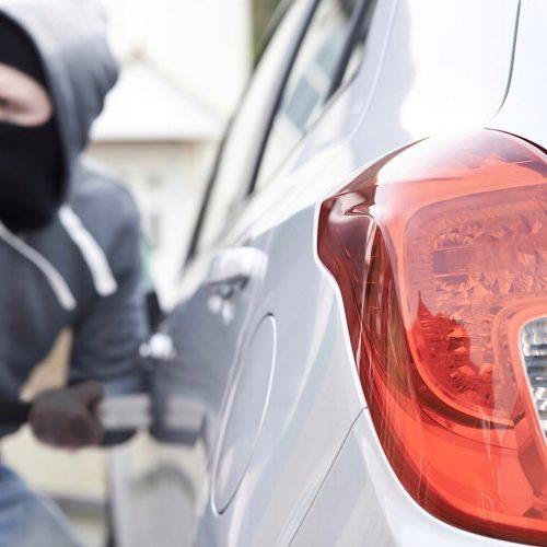 Lokalizator auta samochodu GPS z odcięciem paliwa