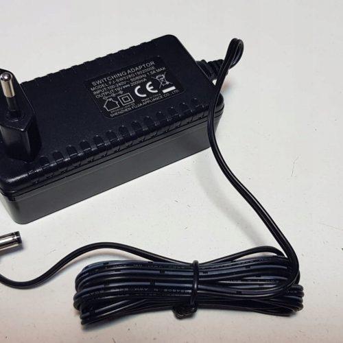 Zasilacz 19V 2A input 100-240V 50/60Hz